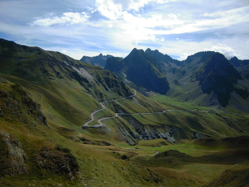 Départ de la randonnée : en contrebas du Col du Tourmalet - versant Barèges