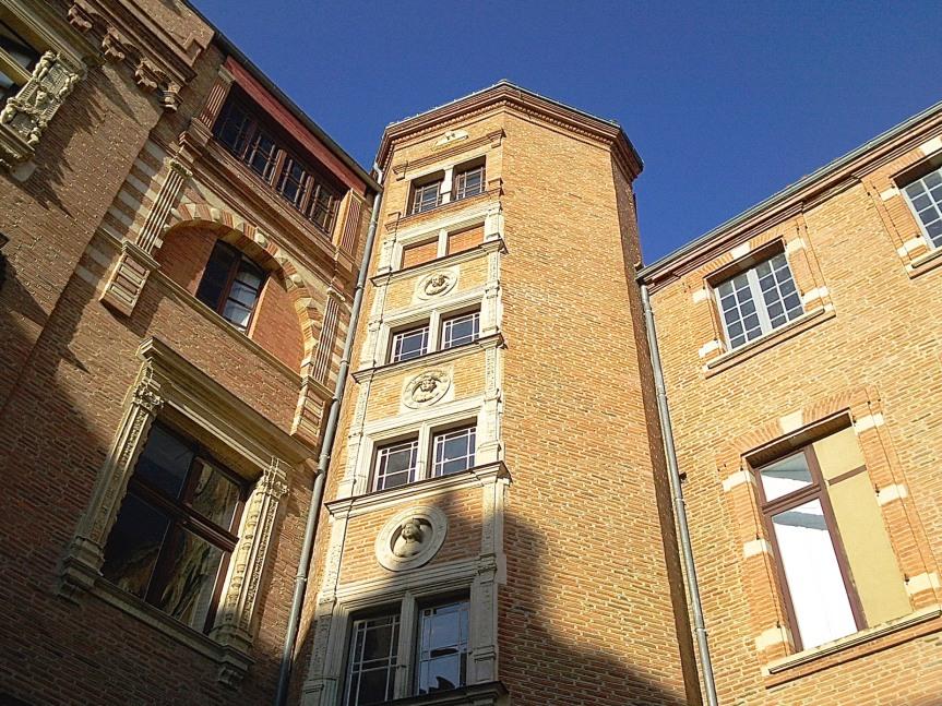 Hôtel du Vieux Raisin - Rue du Languedoc