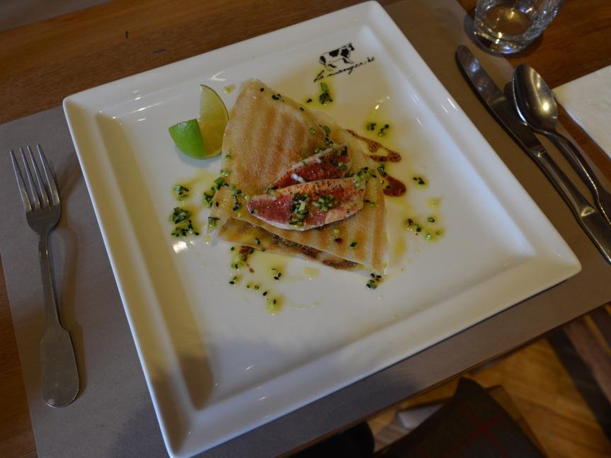 Mention très bien pour La Mangeoire, l'un des restaurants de Sensoria.