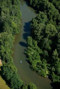 Les gorges de l'Aveyron, l'endroit parfait le canoë, la randonnée, l'escalade, ...