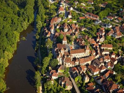 La vallée de la Dordogne, au nord du département du Lot.