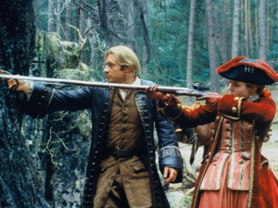 Samuel le Bihan et Emilie Duquenne dans la forêt des Baronnies.