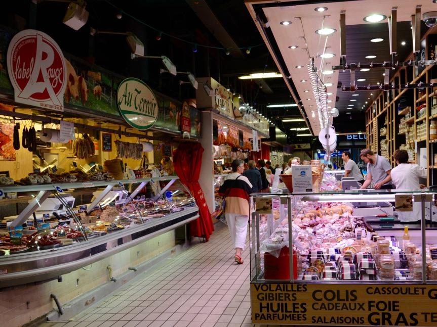 Marché Victor Hugo. Un marché couvert considéré comme l'un des plus beaux du Sud de la France.