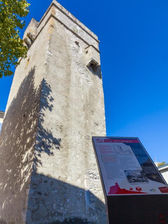 Un circuit pédestre ponctué de 11 panneaux évoquant l'histoire de la ville.