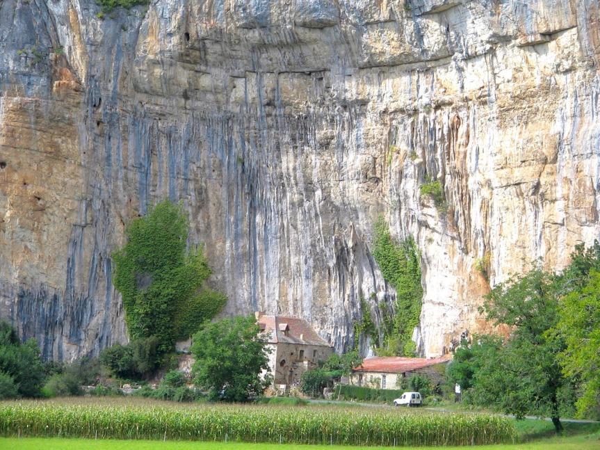vallee_cele_falaise_maison